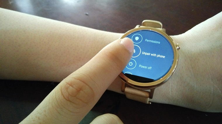 lam the nao de ket noi smartwatch android voi iphone
