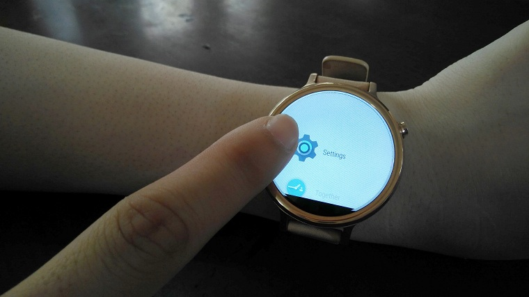 ket noi smartwatch android voi iphone nhu the nao